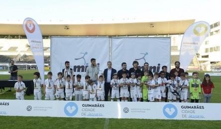 Vitória e Brito vencem Liga Mini de Futebol 2016 - Noticias 417e1ab7f1880