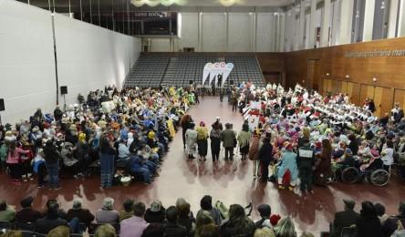 800 idosos de Guimarães comemoram Carnaval - Noticias 9151f407f1b