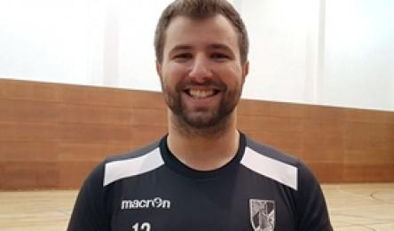 Diego Raposo é o mais recente refordo do Vitória. Adriano Paço conta assim  com mais uma opção no seu plantel. Trata-se do Zona 4 luso-brasileiro Diego  ... cb0079a4438f2