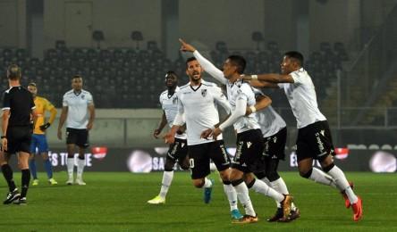 a7fb95eff9 O Vitória regressou aos triunfos e quebrou uma série de quatro derrotas  consecutivas na I Liga