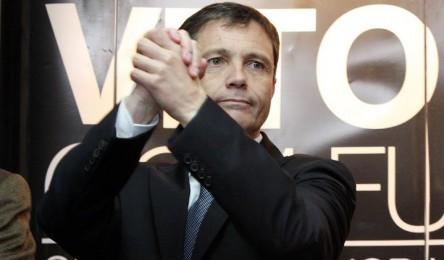 A tomada de posse da nova direcção do Vitória para o triénio 2018  2021  está marcada para esta terça-feira. Júlio Mendes e seus pares vão assumir o  terceiro ... ce3ef31a2ff98