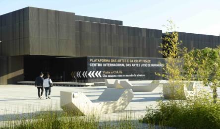 No âmbito de um seminário conjunto do Centro Internacional das Artes José  de Guimarães (CIAJG) e Curso de Artes Visuais da Universidade do Minho 2210c9590ed